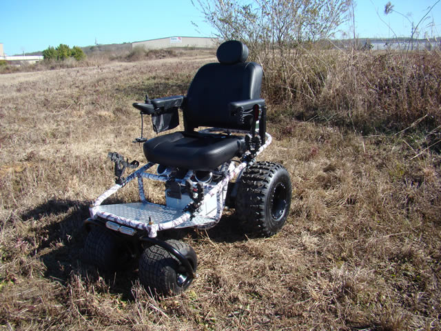 nomad-powered-wheelchair-4